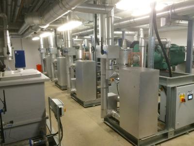 Image 4: The plant room of the ice rink in Milton Keynes. The decision to incorporate the units with BITZER CSV compact screw compressors with integrated frequency inverter on the new Gorac rink pack has proved to be an unqualified success and reduces the energy costs around more than 50 percent