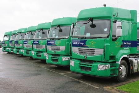 2011 übernahm die belgische Jost-Gruppe 100 neue Renault Premium in Ihre Fahrzeugflotte