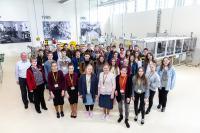 Zwei Tage konnten sich Schülerinnen und Schüler sowie ehemalige Schülerpraktikantinnen und Schülerpraktikanten über die Chancen und Perspektiven bei der HARTING Technologiegruppe informieren
