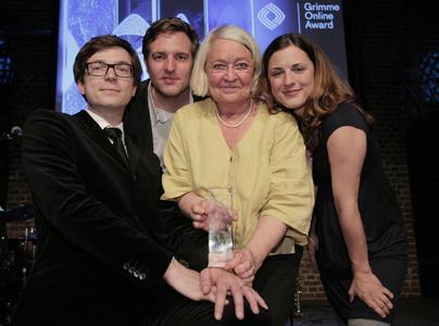 Ralph Caspers (Moderator), Christian Hecker (Machbar), Ulrike Müller-Haupt (Redaktion) und Vera Noll (Wissen macht Ah!) (von links) bei der Grimme Online Award Preisverleihung