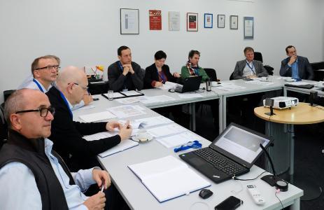 VDMA-Arbeitskreis: Reges Interesse an standardisierten Schnittstellen bei Maschinenherstellern, Softwareanbietern und glasverarbeitenden Unternehmen.