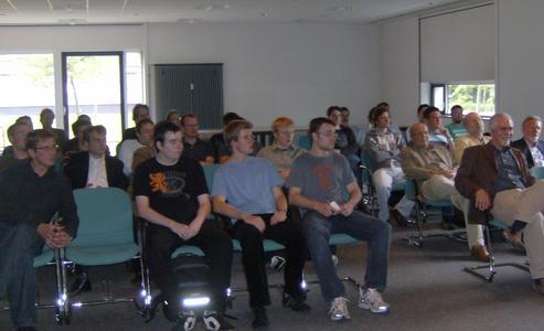Gespannte Gesichter bei der Auftaktveranstaltung des Gründungswettbewerbs
