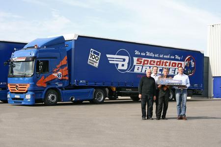 Heinz (l.) und Stefan Brucker (r.) mit Lars Kirchner und Günter Pogadl (Kögel)