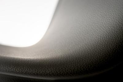"""TEPEO® Lux hat einen durch und durch ultrasoften Aufbau: Das Attribut """"ultrasoft"""" verdient nämlich nicht nur die Schaumschicht, auch die Kompaktschicht und der abschließende Lack sind deutlich weicher als bei bisherigen Produkten"""