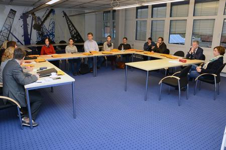 Vorstellung im Senatssaal mit FH-Präsident Prof. Dr. Holger Watter (2.v.r.) und Prof. Dr. Kirsten Rohrlack / Foto: Gatermann