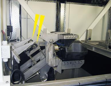 Strukturdämpfer vom Typ TUBUS TR sichern Hydraulikzylinder auch unter extremen Umgebungsbedingungen in den Endlagen dieser Testanlage