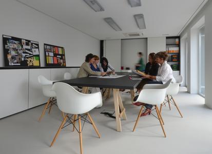FDS: Diskussion und Abstimmung ist Teil jedes kreativen Entwicklungsprozesses, Foto: Caparol Farben Lacke Bautenschutz
