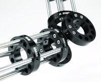 Edmund Optics TECHSPEC Optik-Cage-System wurde für maximale Flexibilität entwickelt – zahlreiche Platten, Stäbe, Halterungen und Rohre sind als Einzelkomponenten erhältlich. Sie lassen sich mit Adaptern, Klammern, Sphären und weiterem Zubehör kombinieren, Foto: Edmund Optics