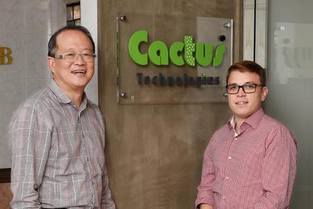Sai-Ying Ng, CEO von Cactus Technologies und Raphael Binder, Product Manager von Systronics anlässlich des 10-jährigen Jubiläums in Hongkong.