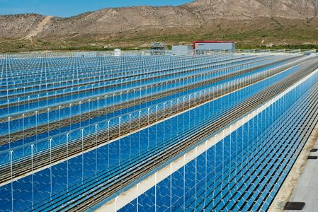 The linear fresnel solar thermal power station PE 2 in Spain, where the demonstration plant was built close by