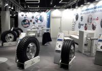 Michelin präsentiert auf der diesjährigen Transport CH, dem 10. Schweizer Nutzfahrzeugsalon vom 14. bis 17. November in Bern, sein aktuelles Reifenportfolio für Lkw und Transporter