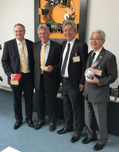 Baumüller is now strengthened in the Japanese market (from left to the right): Andreas Baumüller, Managing Director & CEO Baumüller, Joachim Weissenberger, Sales Director International, Masayuki Oishi, President & CEO Daiki Rika Kogyo Co., Ltd. und Shuji Yamagata, Chairmen Saitama City Foundation for Business Creation