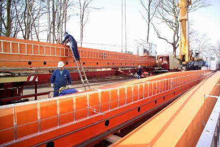 Regalbediengeräte von SIVAplan vor der Montage