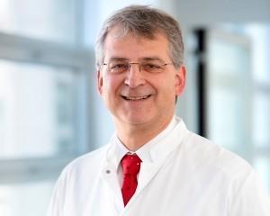 Prof. Dr. Jürgen Behr, Chefarzt der Asklepios Lungenfachklinik in Gauting, gibt wertvolle Tipps für Allergiker
