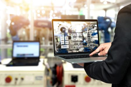 Production steering with digital twin / Produktionssteuerung mit digitalem Zwilling