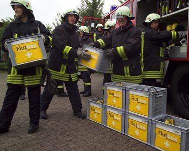 Freuen wird sich nicht nur der Finder der Pumpe, sondern auch die lokale Freiwillige Feuerwehr, die mit 10 Flutboxen aus dem Hause Jung Pumpen belohnt wird