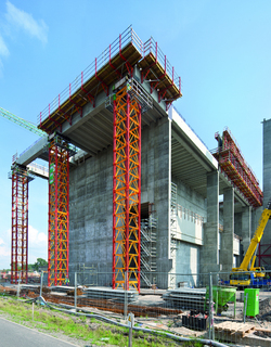 Formwork, Scaffolding and Engineering for huge power plant construction
