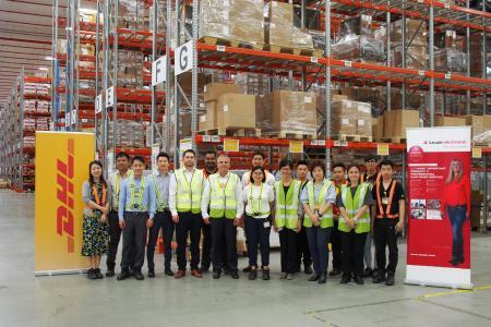 Leuze electronic eröffnet neues Logistikzentrum in Singapur