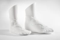 Pedilay® Care GmbH & phoenix GmbH & Co. KG: Innovatives Verbandsmaterial trifft auf maßgeschneiderte Fußmodelle aus dem 3D-Drucker.