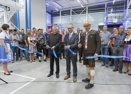 Official opening of the new production hall with Franz Longin (chairman of mmb-foundation council), Markus Fuchs (Operation Manager of the location in Waghäusel) and Ulrich Kreher (CEO Elektror). (left to right). Picture author: Elektror airsystems gmbh