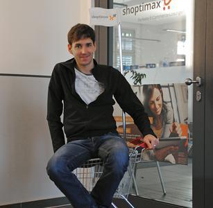 """Der neueste Fang in unserem """"shoptimax Mitarbeiter-Einkaufswagen"""": der 35-jährige Christian Trunk"""