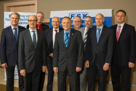 The newly elected FSK board : f. l. t. r.: Dr. Dirk-Endres Hein (F.S. Fehrer Automotive GmbH), Albrecht Manderscheid (Cannon Deutschland GmbH), Manfred Werner (Sekisui Alveo GmbH), Hans Hoffmann (Hanno-Werk GmbH & Co. KG), Herbert Radunz (Bayer MaterialScience Oldenburg GmbH & Co. KG), Jens-Jürgen Härtel (Volkswagen AG), Dr. Ulrich Fehrenbacher (RÜHL PUROMER GmbH), Jörg Teschner (Klöckner polyPUR Chemie GmbH), Rüdiger Simon (sitola GmbH & Co. KG).