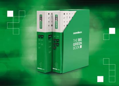 Zwei Bände, ein unentbehrliches Nachschlagewerk: Der norelem-Katalog THE BIG GREEN BOOK Edition 2020 ist umfassender und zugleich übersichtlicher denn je.