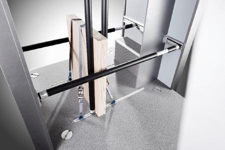 VANYCARE®-Komplettausstattung incl. Ladungssicherungssystem mit Sperrstange, Zurrschienen und Gurten