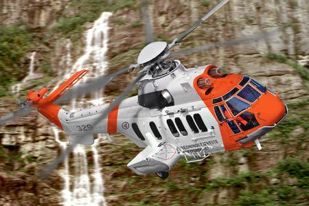 EC225 in flight  (Ref. EXPH-0053-10, © Copyright Eurocopter, Anthony Pecchi & Grant Keats)