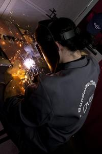 "The 9th national DVS ""Young Welders"" competition took place during the DVS Congress with the first DVS Expo: 51 up-and-coming welders were welding in front of the public in one of four processes / Pictures: DVS"
