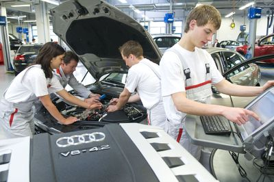 Apprenticeships campaign in the centenary year: 100 additional positions for the 100th anniversary of Audi