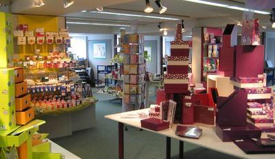 Die Georg Kugelmann GmbH beliefert deutschlandweit den Einzelhandel mit allen gängigen Markenprodukten