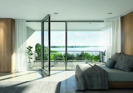 Das Fenstertürsystem Schüco AWS 75.SI+ ermöglicht dank seiner Nullschwelle einen stolperfreien Übergang / Bild: Schüco International KG