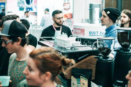 Hamburgs erstes Coffee Festival verspricht ein Eldorado für Kaffeeprofis und -liebhaber zu werden. / Foto: neun a ohg/Sinan Muslu