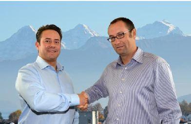 ROFIN-LASAG Geschäftsführer Ewald begrüßt den neuen Vertriebsleiter Oliver Jentschke