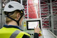 Transparente Anwender-Dialoge vereinfachen unter anderem die Arbeit der Service-Mitarbeiter im Logistikzentrum.