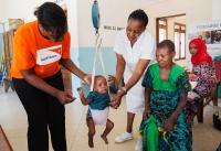"""Unter dem Motto """"Spenden statt Weihnachtspräsente"""" baut die ELVIS AG mit Unterstützung zahlreicher Partner-Unternehmen und in Kooperation mit World Vision Deutschland eine Entbindungsstation in Tansania. (Foto: World Vision Deutschland)"""