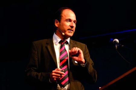 Initiator Martin Hubschneider berichtet über die Highlights des Mittelstandsprogramms 2009.