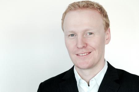Dr. Andreas Tremel