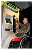 Einfacher Zugang für mobilitätseingeschränkte Kunden