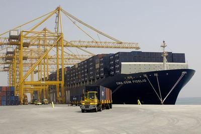 Liebherr orders 82 crane motors from ldw lloyd for Motors used in cranes