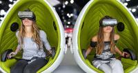 Virtuelle Welten am Messestand