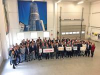 Über 80 Führungskräfte der MC-Bauchemie Unternehmensgruppe aus der DACH-Region setzten am 7. Mai 2019 im Ausbildungs- und Trainingszentrum der MC-Bauchemie in Bottrop demonstrativ ein Zeichen für ein friedliches und demokratisches Europa.