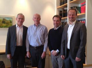 attocube systems acquires the majority holding in Neaspec GmbH (from left: Prof. Khaled Karraï, Scientific Director attocube; Dr. Fritz Keilmann, shareholder & founder Neaspec; Dr. Martin Hohla, business manager Neaspec; Dr. Dirk Haft, Vorstandsvorsitzender attocube)