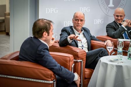 CCF AG, Mitte: Dirk Franz