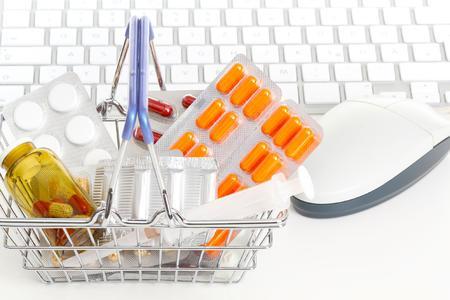 apologistics betreibt Shopsysteme für mehrere Anbieter von Arzneimitteln und Kosmetik – Ständige Verfügbarkeit ist wesentlich für den Erfolg eines Webshops (Bildquelle: Clipdealer)