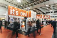 Auf dem OWL Gemeinschaftsstand präsentieren über 40 Clusterpartner neue Ansätze für maschinelles Lernen, intelligente Produktentwicklung, Smart Services und die Arbeitswelt der Zukunft / Foto: OWL GmbH