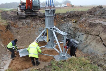 "Das betonlose Fundament ""Steel-Root"""