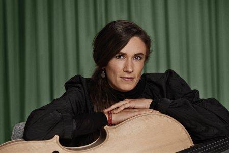 Widex-Klangbotschafterin Ida Riegels baute sich ihr Cello nach ihren eigenen Klangvorstellungen selbst