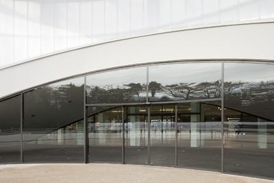 geze im dornier museum in friedrichshafen modernste t r und sicherheitstechnologie in harmonie. Black Bedroom Furniture Sets. Home Design Ideas